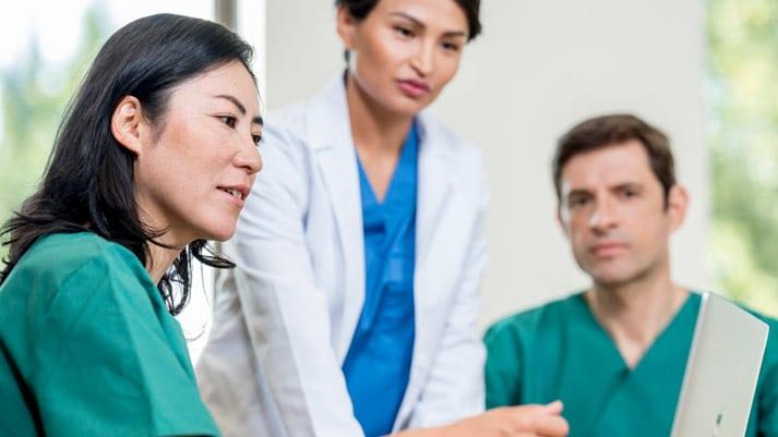 Enrich your patient imaging records with Agfa HealthCare Enterprise Imaging VNA